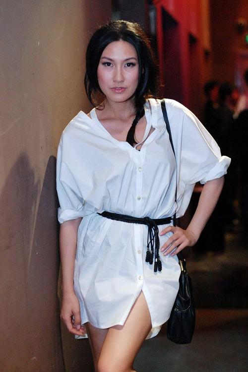 Người đẹp Việt quên mặc quần ra phố?, Thời trang, thoi trang sao, sao khong mac quan, mot giau quan, thoi trang,
