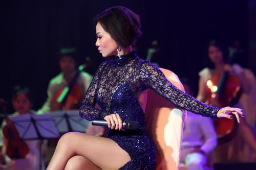 """Người đẹp Việt khoe body """"nghệ thuật"""", Thời trang, sao viet sexy vay ren, thoi trang, vay ren mau, chung thuc quyen, ho ngoc ha, thu minh, sao viet vay ren"""