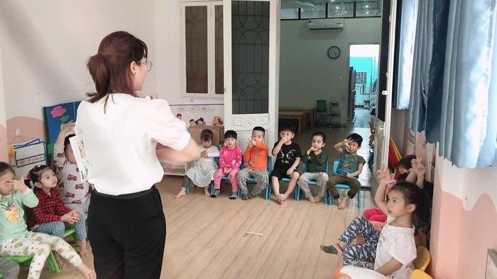 Bấp bênh cuộc sống của giáo viên mầm non thời Covid-19