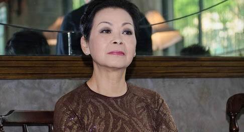 Chồng Khánh Ly: 'Lấy Khánh Ly, tôi coi như mình là người đã chết'
