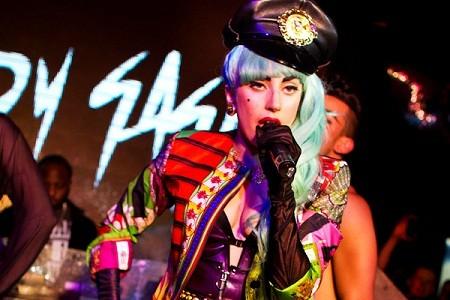 ... và Lady Gaga sẽ làm
