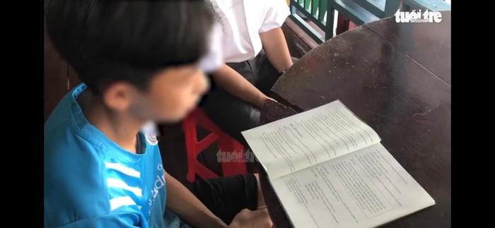 Đại biểu Quốc hội truy trách nhiệm vụ học sinh lớp 6 chưa đọc thông, viết thạo