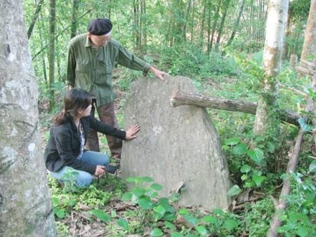 Bí ẩn chưa có lời giải ở vùng mộ đá cổ, Tin tức trong ngày,