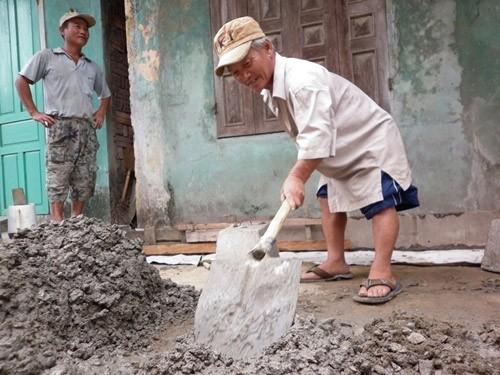 """Lay lắt gia đình """"lùn nhất Việt Nam"""", Tin tức trong ngày, gia dinh lun, gia dinh lun nhat viet nam, nguoi lun, nguoi khuyet tat, bao, tin tuc, tin hot, tin hay"""