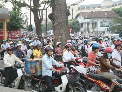 Hình ảnh xe máy thường thấy trên đường phố Hà Nội. Ảnh: Trọng Đảng