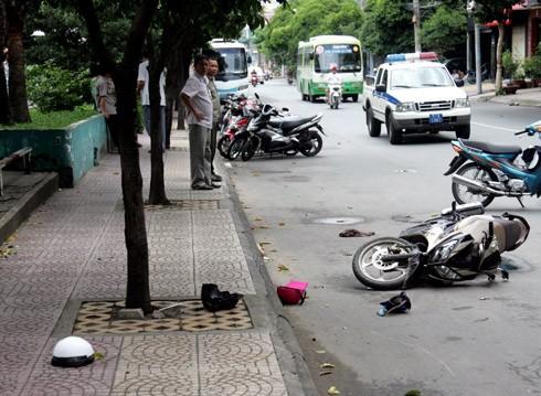 Ảnh: Hiện trường vụ truy sát đẫm máu giữa trung tâm Sài Gòn