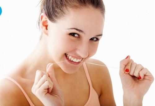 Bí quyết sở hữu hàm răng trắng tự nhiên bằng nguyên liệu trong... bếp