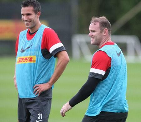 """Với Van Persie và Wayne Rooney, MU đang có một cặp """"sát thủ"""" mà ai cũng phải ngước nhìn ở châu Âu"""