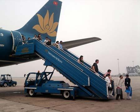 Hút thuốc, một hành khách bị đuổi khỏi chuyến bay của Vietnam Airline