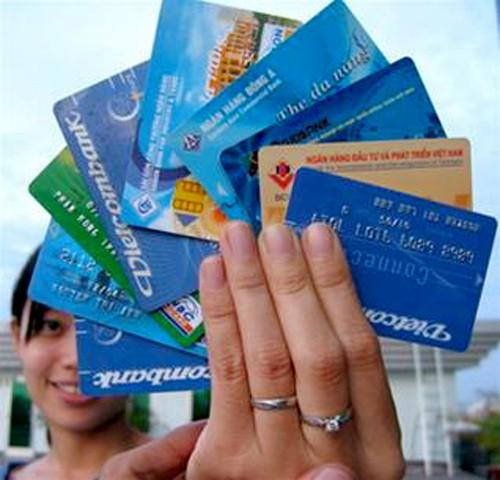 Mất hơn 60 tỷ đồng vì thẻ ATM giả