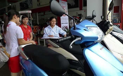 Hàng loạt xe ga Honda giảm giá mạnh