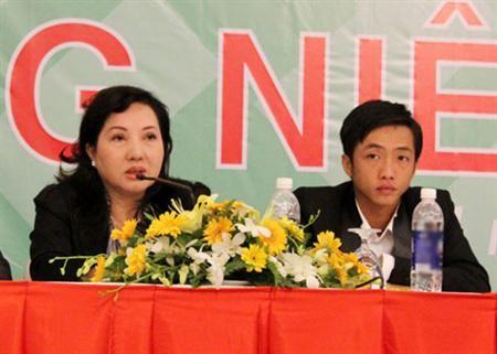 Sếp Quốc Cường Gia Lai: Con trai tôi không chịu nổi khách hàng la mắng