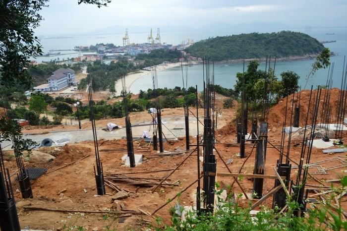 """Chủ dự án """"băm nát Sơn Trà' cho rằng mình được xây dựng miễn giấy phép"""
