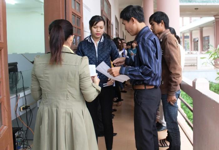 Giáo viên bức xúc vì kết quả thi tuyển viên chức giáo dục bỗng nhiên thay đổi