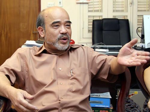 GS Đặng Hùng Võ:
