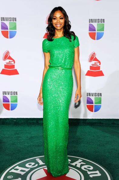 Nữ diễn viên diện đầm xanh dự tiệc hôm 10/11.
